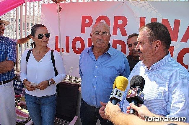 El alcalde de Totana se ofrece a mediar en el conflicto entre los socios cooperativistas productores de almendra y COATO - 1, Foto 1