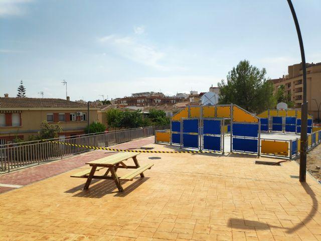La Comunidad concluye las obras de la nueva pista polideportiva del barrio lorquino de Cristo Rey - 1, Foto 1