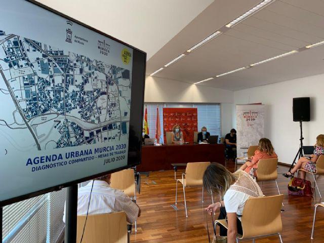 Un total de mil murcianos participan en el diseño de la Agenda Urbana Murcia 2030 a través de las encuestas presenciales - 1, Foto 1