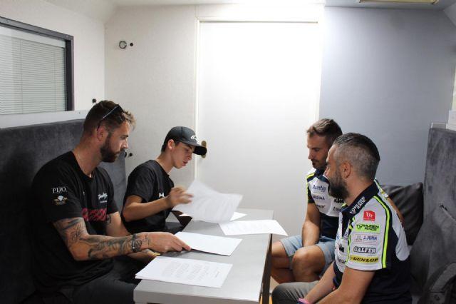 El deportista Pedro Acosta ficha por el equipo Fundación Andreas Pérez 77, Foto 2