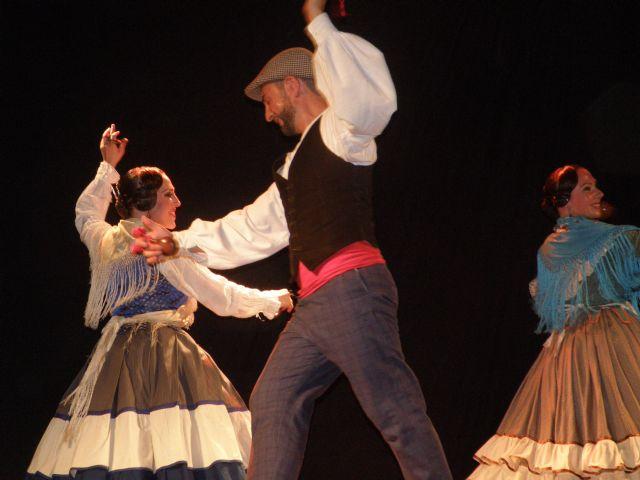 El conjunto de música Folk Azarbe y el ballet Matices presentan el espectáculo REFLEJOS DE TRADICIÓN el sábado 17 de octubre en el Teatro Villa de Molina - 1, Foto 1