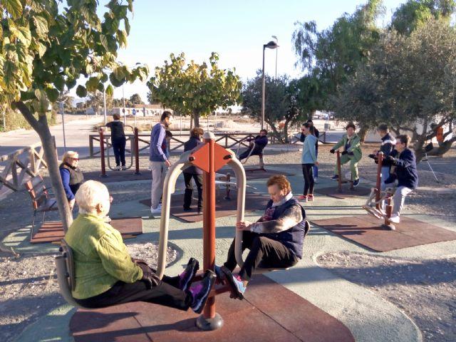 El Ayuntamiento fomenta los hábitos saludables entre las personas mayores - 1, Foto 1