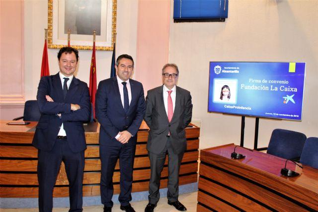 La Obra Social la Caixa y el Ayuntamiento de Alcantarilla refuerzan su alianza para luchar contra la pobreza infantil - 1, Foto 1