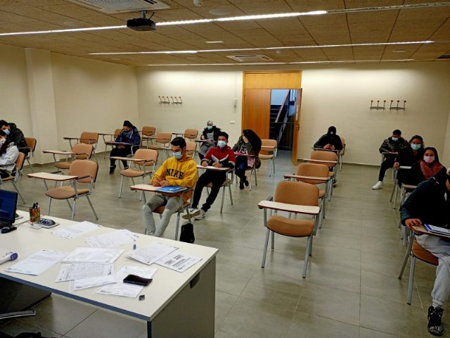El Proyecto Labor 2.0 inicia la formación Competencias básicas para el empleo - 2, Foto 2