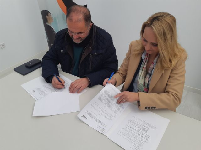 """The City Council signs an agreement with the Association of Young Entrepreneurs """"Guadalentín Emprende"""", Foto 5"""