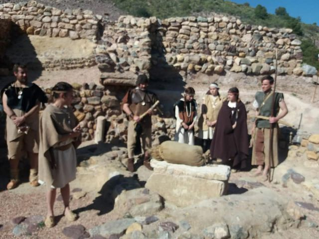 The next theatrical visit to the La Bastida site will be on Saturday, April 13, in two morning shifts, Foto 8