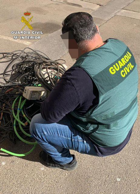 La Guardia Civil desmantela un grupo delictivo dedicado a cometer robos con fuerza en inmuebles, Foto 2