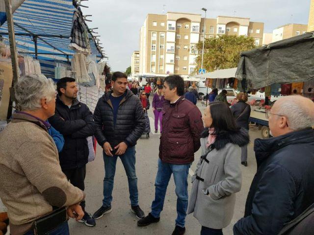 MC: El Gobierno pone en peligro el futuro de los mercadillos abandonando a los profesionales del sector - 2, Foto 2