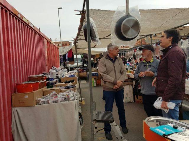 MC: El Gobierno pone en peligro el futuro de los mercadillos abandonando a los profesionales del sector - 3, Foto 3