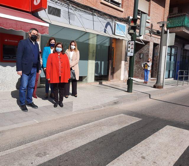 El Ayuntamiento adapta los pasos de peatones de Alcantarilla a personas con trastornos del espectro autista - 2, Foto 2