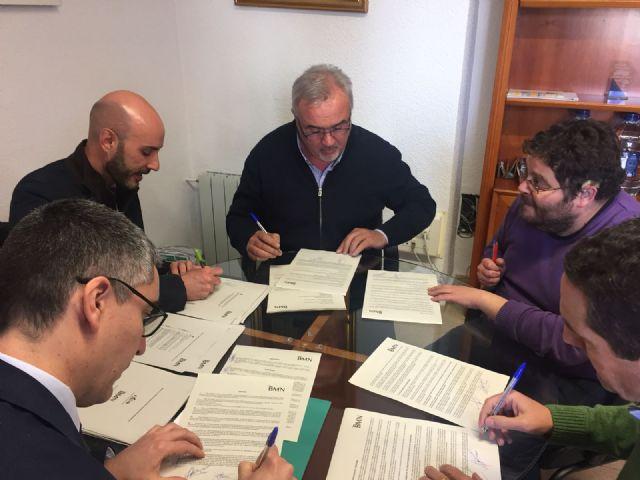 El alcalde realiza la firma definitiva para la nueva línea de crédito del ICO de 1.717.000€ - 1, Foto 1