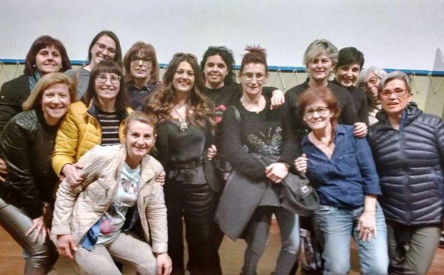 Un grupo de mujeres participa en la actividad