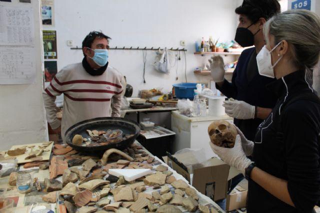 Arqueólogos forenses de la Universidad Autónoma de Madrid analizan los restos hallados en Isla del Fraile y otras excavaciones arqueológicas - 4, Foto 4