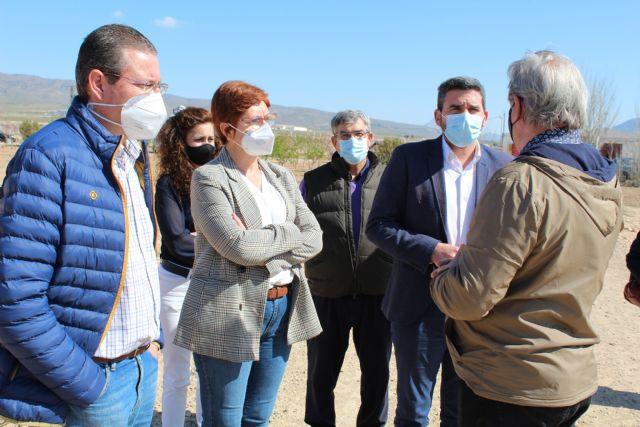 La alcaldesa y el consejero de Agricultura visitan la finca La Maestra, centro de prácticas del CIFEA de Jumilla - 1, Foto 1