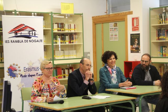 Jóvenes de Francia, Eslovaquia, Italia y Dinamarca visitan Puerto Lumbreras para conocer su cultura - 3, Foto 3