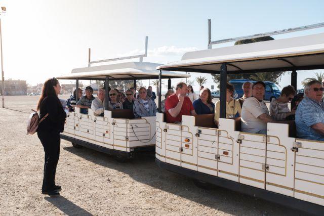 Llegan a Mazarrón los primeros cruceristas fruto de un acuerdo con la Autoridad Portuaria de Cartagena, Foto 2