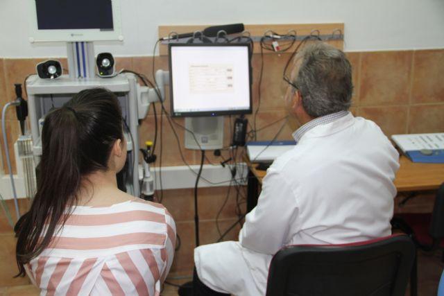 Profesor Gil Melgarejo: El café y el tabaco producen mucha sequedad en las cuerdas vocales - 2, Foto 2