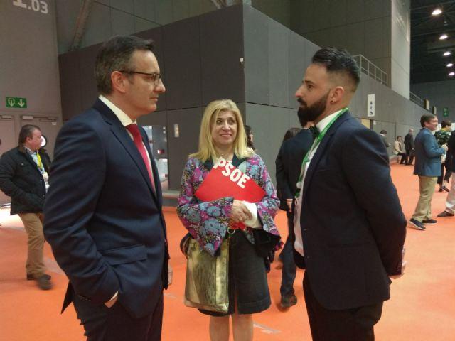 Diego Conesa asiste a Alimentaria 2018 para apoyar a las empresas de la Región y escuchar sus inquietudes, Foto 2