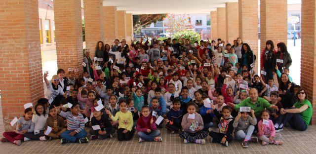 Fabio y Pito comparten la jornada con los escolares del CEIP Severo Ochoa de San Javier - 3, Foto 3