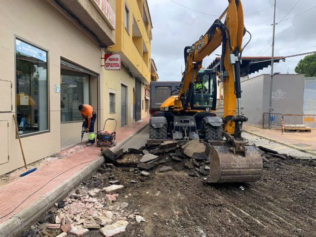 Comienzan las obras de adecuación del entorno de la calle Bartolomé Ródenas - 2, Foto 2