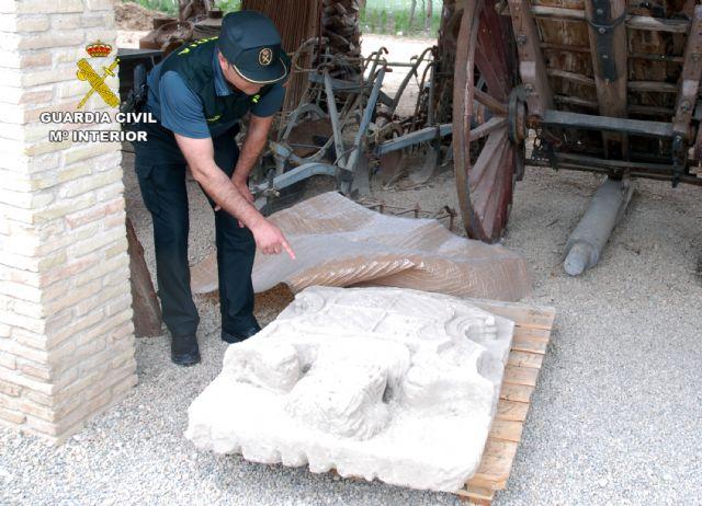 La Guardia Civil localiza un escudo heráldico del siglo XVIII declarado Bien de Interés Cultural - 2, Foto 2