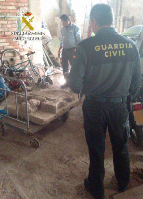 La Guardia Civil localiza un escudo heráldico del siglo XVIII declarado Bien de Interés Cultural - 4, Foto 4