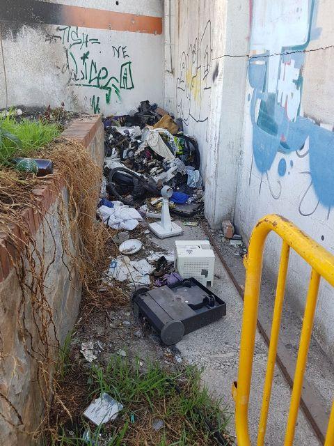 Ahora Murcia pide que se cierren los accesos al solar de las antiguas cocheras de San Pío - 2, Foto 2
