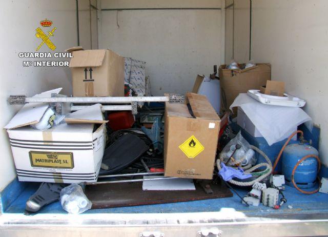 La Guardia Civil detiene a dos peligrosos delincuentes dedicados a cometer robos - 1, Foto 1