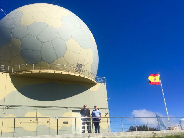 El delegado del Gobierno ha visitado el Escuadrón de Vigilancia Aérea (EVA 13) del Acuartelamineto Aéreo de Sierra Espuña, Foto 1