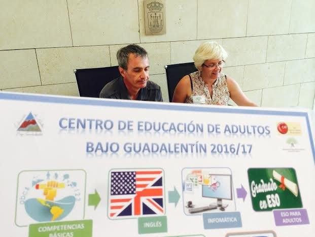 Se presenta la oferta formativa del Centro de Educación de Adultos Bajo Guadalentín para el próximo curso 2016/2017, Foto 1