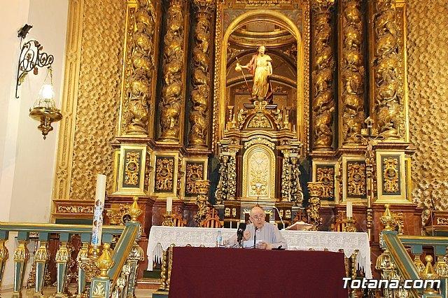 Arrancan las actividades que conforman el 450 aniversario de la dedicación del templo parroquial de Santiago con la Conferencia El misterio del Templo a lo largo de la historia de la salvación, Foto 1