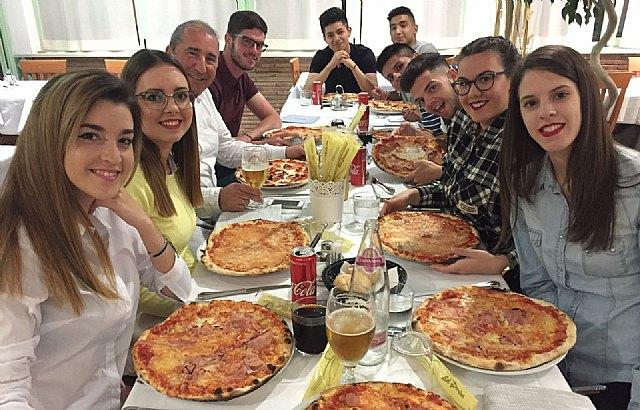 Alumnos del IES «Prado Mayor» de vuelta en Totana tras realizar sus prácticas, en empresas de Italia, Foto 1