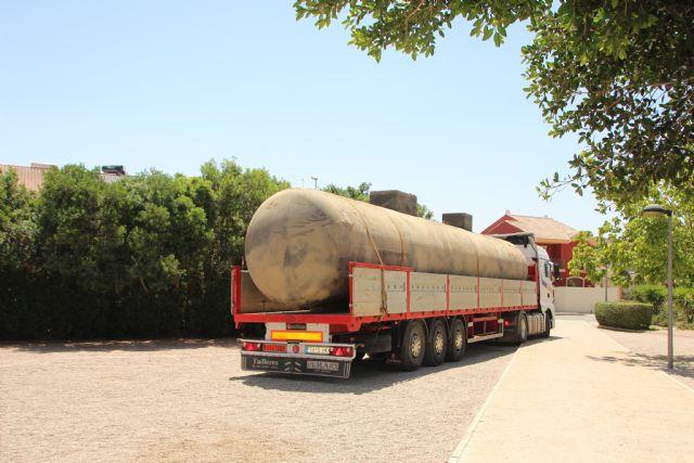 Retirados los depósitos de gas de los jardines de Alhama, Foto 1