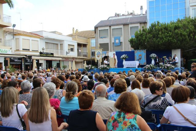 Miles de fieles honran a la Estrella de los mares - 1, Foto 1