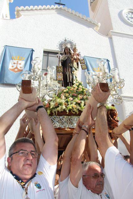 Miles de personas honran a la Virgen del Carmen en el 125 aniversario de esta romería marinera - 2, Foto 2