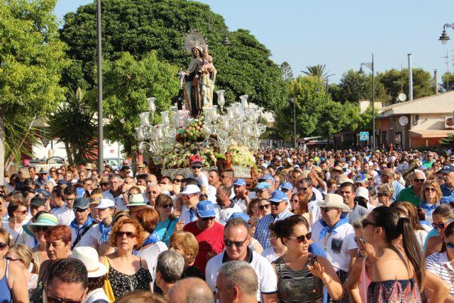 Miles de personas honran a la Virgen del Carmen en el 125 aniversario de esta romería marinera - 4, Foto 4
