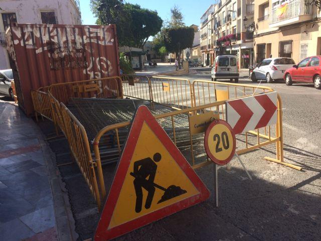 Arrancan las obras de acondicionamiento de las aceras en la calle Juan XXIII - 2, Foto 2