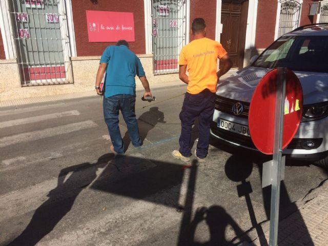 Arrancan las obras de acondicionamiento de las aceras en la calle Juan XXIII - 5, Foto 5