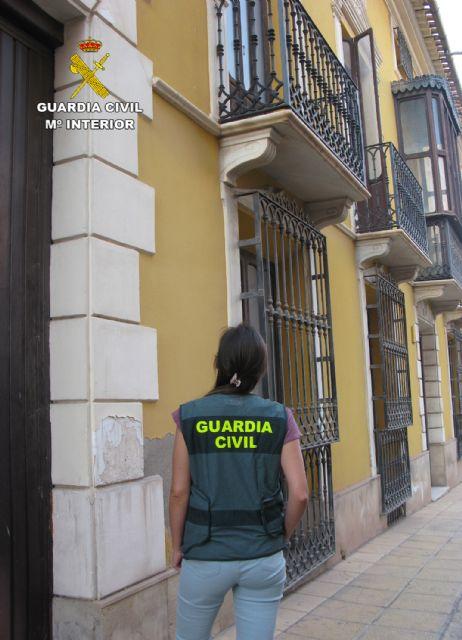 La Guardia Civil detiene al autor de varios robos con escalo en viviendas en Totana