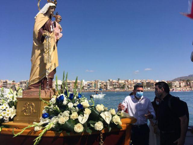 Antonio Luengo participa en la procesión marítima de la Virgen del Carmen de Mazarrón, Foto 1