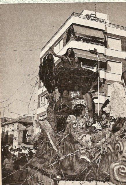 Totana en las fiestas de Santiago, una celebración que comenzaba su andadura en el año 1972, Foto 2