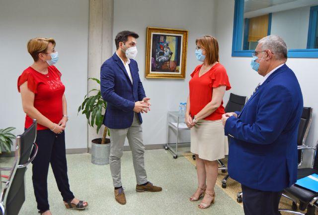 El alcalde torreño y la vicepresidenta regional se reúnen por el futuro complejo para mayores y personas con discapacidad - 1, Foto 1