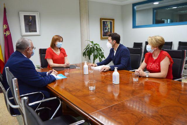 El alcalde torreño y la vicepresidenta regional se reúnen por el futuro complejo para mayores y personas con discapacidad - 2, Foto 2