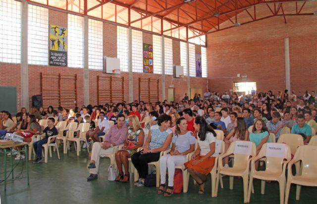 Más de 900 alumnos inician el curso 2016/2017 en el Instituto de Educación Secundaria Rambla de Nogalte de Puerto Lumbreras - 1, Foto 1