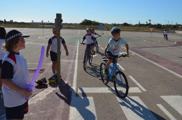 La concejalía de Medio Ambiente promueve de manera lúdica la movilidad sostenible - 3, Foto 3
