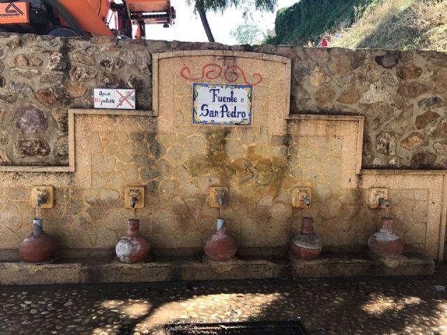 Restablecen el funcionamiento de la tradicional y emblemática Fuente de San Pedro, ubicada junto al Arco de Las Ollerías - 1, Foto 1