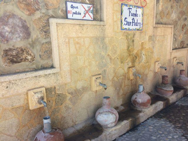 Restablecen el funcionamiento de la tradicional y emblemática Fuente de San Pedro, ubicada junto al Arco de Las Ollerías - 3, Foto 3