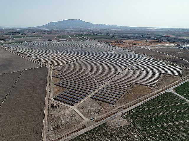 The Totana photovoltaic plant is already connected to the network