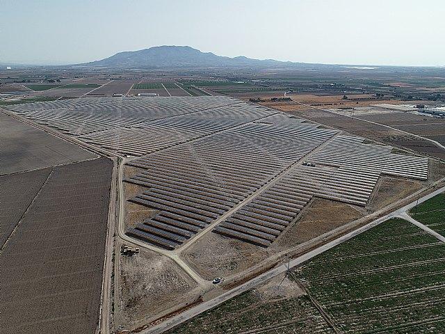La planta fotovoltaica de Totana ya está conectada a la red