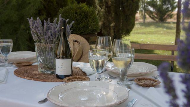 Visitas guiadas con cata y  gastronomía familiar en un entorno de ensueño: es tiempo de vendimia en Martúe & Blanco Nieva - 2, Foto 2